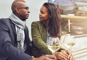 couple drinking wine on date